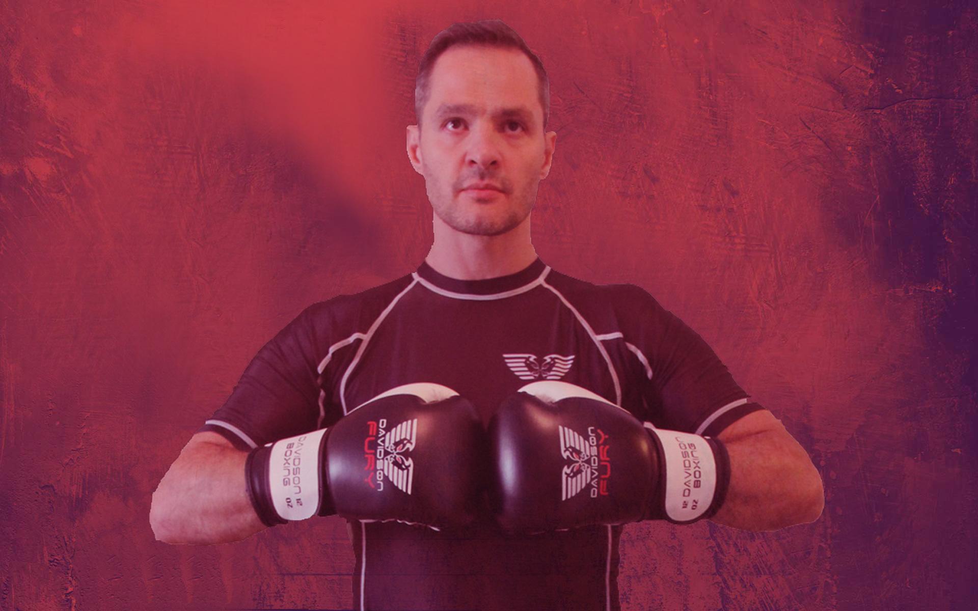 combattant rouge MMA kravmagacoaching kravmaga self-defense paris paris15 paris06 leperreux